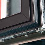 Алюминиевые окна с деревянными накладками