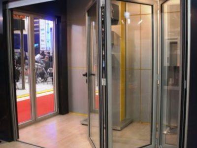 алюминиевые откатные двери- гармошка