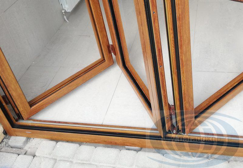 Алюминиевые окна гармошка