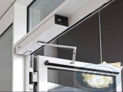 Распашные-автоматичечские-двери-Geze-3-400x300