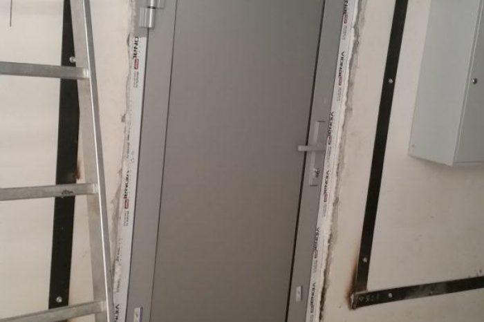 Алюминиевые двери (11)